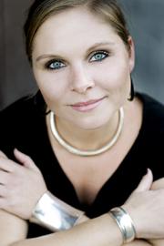 Författaren Elin Lindqvist