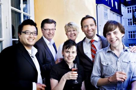 De fem finalisterna i Bok-SM, i mitten Sara Lövestam. Ola Lauritzson i bakre raden i mitten.