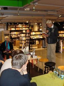 P O Enquist läser ur sin bok Ett annat liv